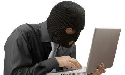 Bị truy nã, tội phạm đòi có 1.000 lượt chia sẻ trên Facebook mới chịu ra đầu thú
