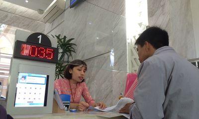 TP HCM đề xuất cấm công chức mặc quần jean, áo thun khi làm việc