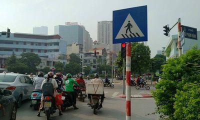 Hà Nội: Nhiều phụ nữ bị dàn cảnh va chạm giao thông để trộm tài sản