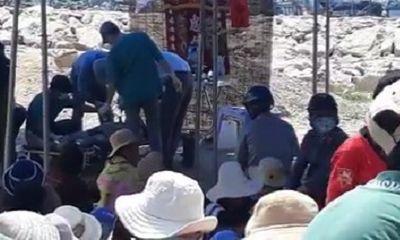 Thi thể thanh niên bị cột chân vào khối bê tông chìm dưới cảng cá