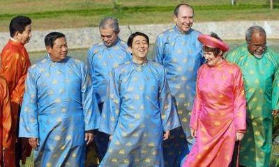 Trang phục truyền thống độc đáo của những nhà lãnh đạo thế giới khi dự Hội nghị APEC