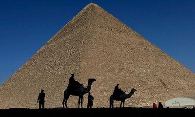 Phát hiện phòng trống to bằng máy bay ngay trong lòng kim tự tháp Pharaoh