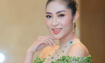 Đặng Thu Thảo lên tiếng khi trả vương miện vẫn dùng danh hiệu Hoa hậu đại dương đi sự kiện