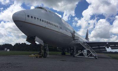 Đấu giá trực tuyến hai máy bay Boeing 747