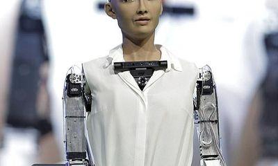 Robot công dân đầu tiên muốn lập gia đình và có con