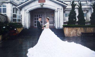 Lâm Khánh Chi tiết lộ ảnh cưới ngọt ngào cùng bạn trai kém 8 tuổi