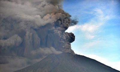 7 người Việt Nam mắc kẹt ở Bali, Indonesia giữa đợt núi lửa phun trào