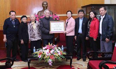 Gia đình cụ Trịnh Văn Bô ủng hộ 200 triệu cho đồng bào miền Trung