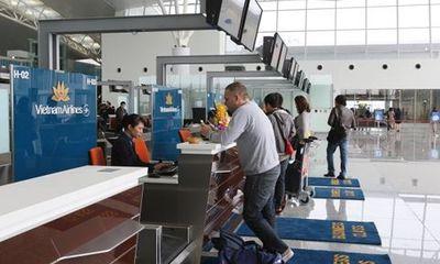 Bằng lái xe, thẻ Nhà báo không được làm thủ tục lên máy bay: Sơ suất do lỗi đánh máy