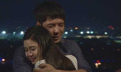 Bình Minh và Trương Quỳnh Anh trong những cảnh phim mùi mẫn