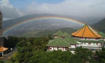 Hi hữu: Cầu vồng kéo dài suốt 9 tiếng đồng hồ ở Đài Loan
