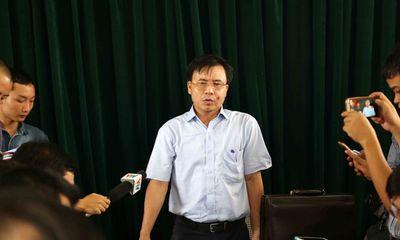 Chủ tịch huyện đề xuất làm đường cho trâu bò đi qua quốc lộ