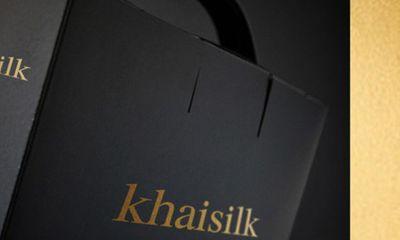 Khăn lụa Khaisilk thực chất làm từ polyester