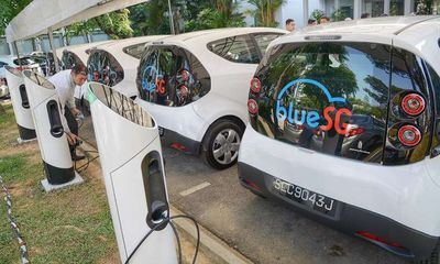 Singapore bắt đầu triển khai dịch vụ chia sẻ xe điện