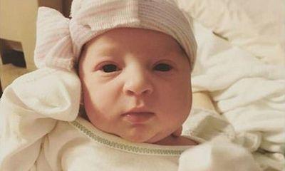 Bé gái 'đặc biệt' mới chào đời đã 24 tuổi