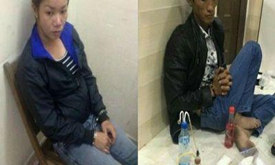 Bắt cặp vợ chồng buôn bán ma túy mang theo