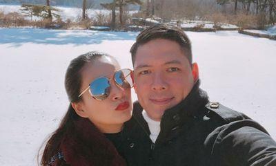Vợ chồng Bình Minh tình cảm sánh đôi giữa trời đông xứ Hàn