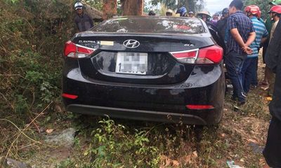 Ô tô đối đầu xe tải, 2 người chết, 3 người bị thương