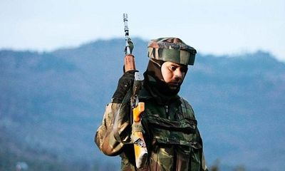Ấn Độ mua 160.000 khẩu súng trang bị cho quân đội ở biên giới