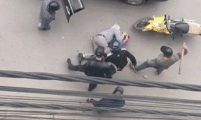 Clip: Người đàn ông bị đánh dã man trên phố Hải Phòng
