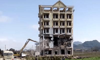 """Tòa nhà 7 tầng của trùm ma túy Tàng """"Keangnam"""" bị đánh sập hoàn toàn"""