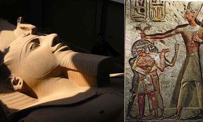 Tàn tích ngôi đền Pharaoh Ramses II được khai quật tại Giza