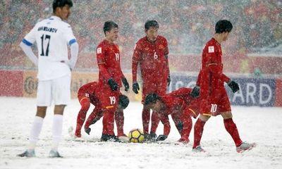 Xuân Trường nói gì với Quang Hải trước quả đá phạt trận chung kết?