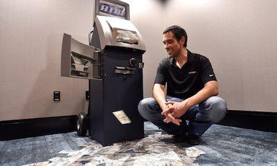 Máy ATM bị tin tặc tấn công, thiệt hại 1 triệu USD