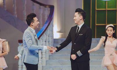 Trấn Thành hào hứng hội ngộ cùng cơ trưởng trẻ nhất Việt Nam Nguyễn Quang Đạt