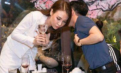 Giữa tin đồn rạn nứt, Cường Đô la xuất hiện ủng hộ Đàm Thu Trang
