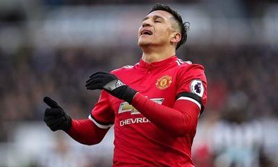 Kết quả bóng đá Ngoại hạng Anh vòng 27: M.U thua sốc, Liverpool áp sát