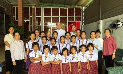 Nhạc sĩ Vũ Thành An tặng mái ấm tình thương cho các em nhỏ bất hạnh