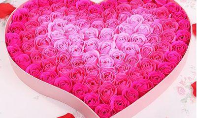 Gợi ý những món quà bằng hoa hồng