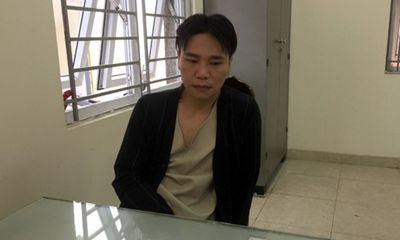 Châu Việt Cường vào nhà tạm giữ sau khi điều trị ngộ độc tỏi