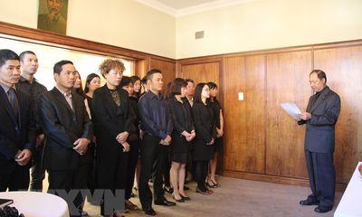 Lễ viếng nguyên Thủ tướng Phan Văn Khải tại một số nước