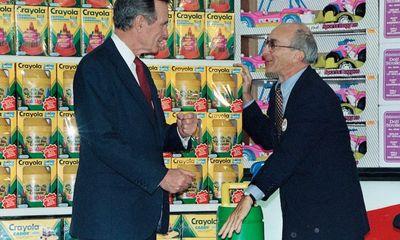 Lập nghiệp từ bàn tay trắng, ông chủ Toys R Us phải nhìn công ty phá sản trước khi qua đời