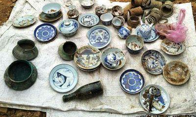 Đào móng nhà, phát hiện mộ cổ 100 năm chứa trang sức