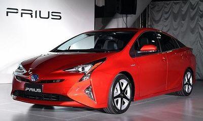 Toyota triệu hồi xe Camry Prius C vì lỗi kỹ thuật