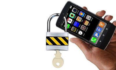 'Cái giá phải trả' nếu ngầm theo dõi điện thoại của bạn đời