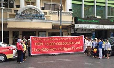 Đàm Vĩnh Hưng từng là nạn nhân của đường dây bị tố lừa đảo 15.000 tỷ đồng