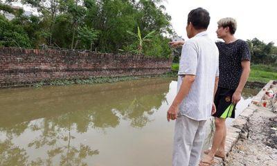 Chủ tịch Hà Nội chỉ đạo khẩn vụ 2 cháu bé tử vong ở hố nước sâu