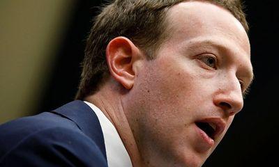 Ông chủ Facebook cũng bị rò rỉ thông tin cá nhân