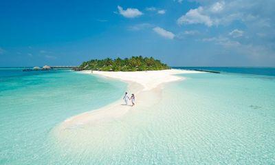 Những bãi biển lý tưởng nhất dịp nghỉ lễ 30/4 - 1/5 cho những ai chán 'lên rừng' thích 'xuống biển'