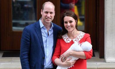 Vợ chồng Hoàng tử William và Công nương Kate chào đón con trai thứ 3