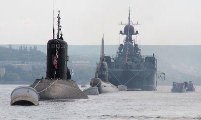Hạm đội tàu chiến Nga khai hỏa sát sườn Syria