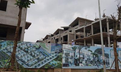 """Khai Sơn Hill """"vô tư"""" xây 26 biệt thự không giấy phép"""