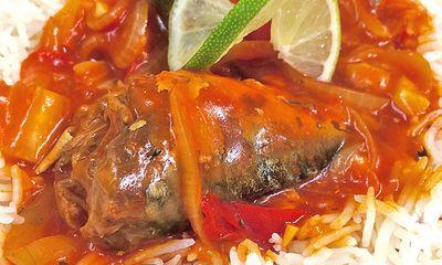 Món ngon bữa tối: Cá nục sốt cà chua lạ miệng ngon cơm