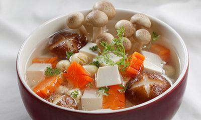 Món ngon bữa trưa: Canh nấm nấu chua ngon hết nấc