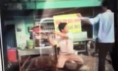 TP.HCM: Tổ trưởng trật tự đô thị bị chém khi xử lý lấn chiếm vỉa hè