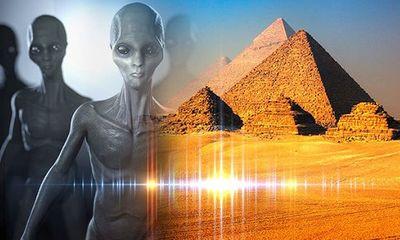 Nghiên cứu: Người ngoài hành tinh có thể đã giúp Ai Cập xây Kim tự tháp Giza